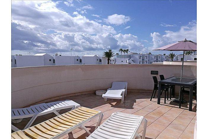 Riviera park rental apartment in puerto del carmen lanzarote its internet travel shop - Car rental puerto del carmen ...