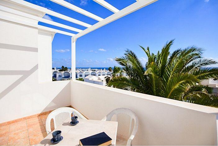Charlana rental villa in puerto del carmen old town lanzarote its internet travel shop - Car rental puerto del carmen ...
