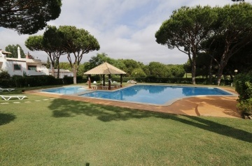 Solar Do Golfe - ground floor, Vilamoura, Algarve